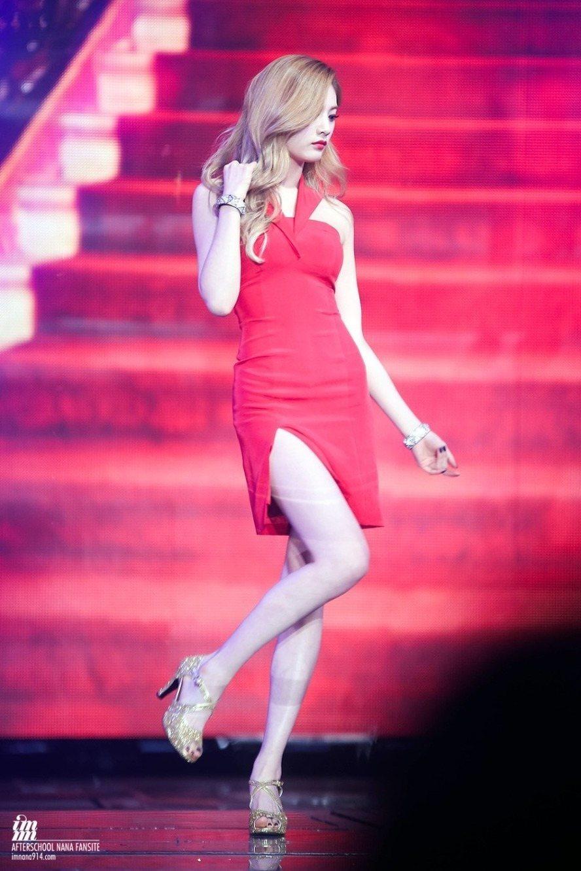 nana dress 41