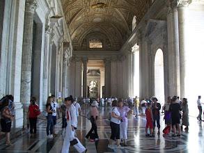 Photo: 35e dag, woensdag 19 augustus 2009 Prima Porta Rome Temp. max.: 38 graden, Wind: - Bft. Windrichting: -. Weerbeeld: zon, warm. Dagafstand 45 Totaal gereden 2293 km . De St. Pieter.