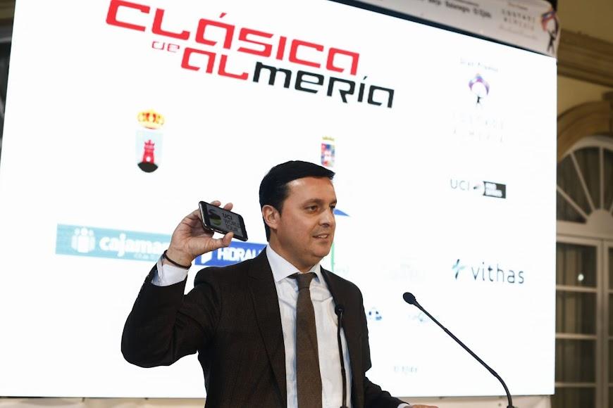 El presidente de la Diputación apuesta por la Clásica.