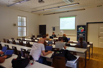 Photo: How to write openQA tests, Ludwig Nussel