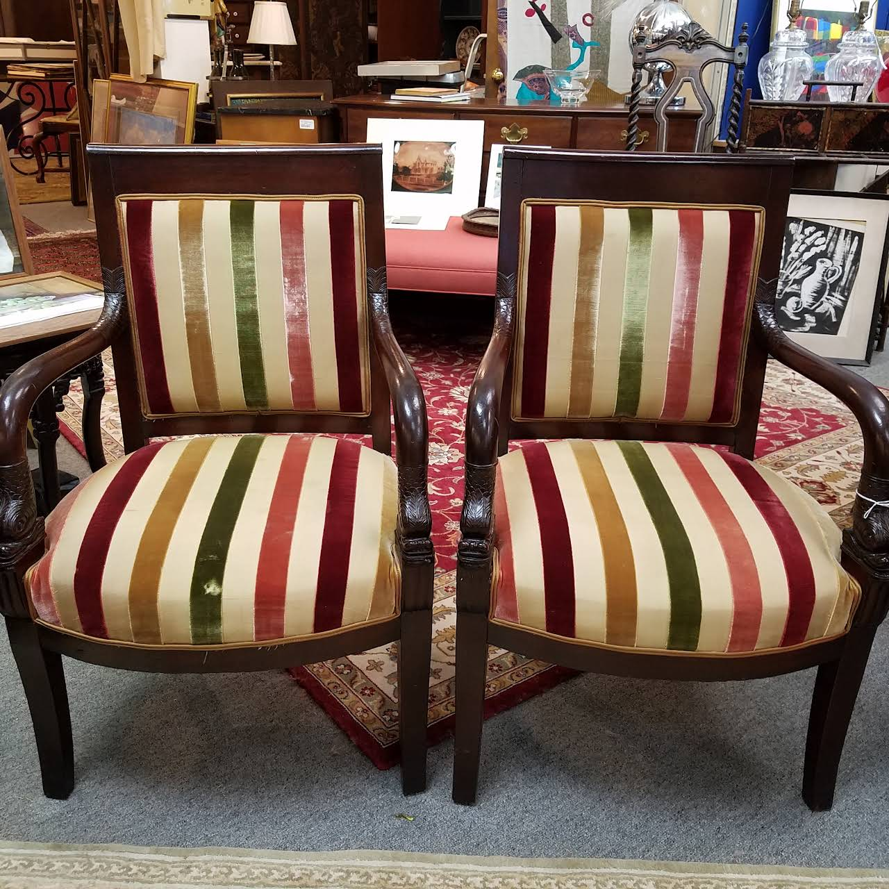 Vintage Home Decor - Consignment Shop in Old Saybrook