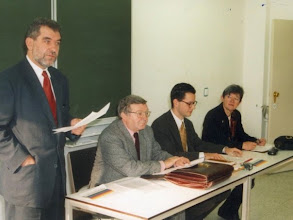 Photo: At the 1995 symposium about Hendrik de Man (Brussels), together with Robert Voorhamme, Prof. Lothar Bossle and Prof. Mieke Van Haegendoren (from left to right)