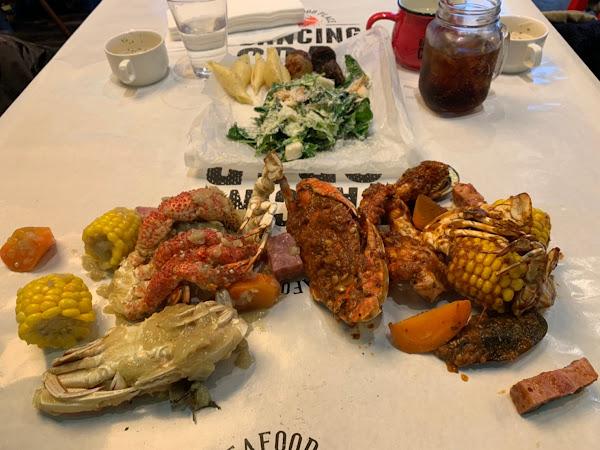 微風南山美食 :: Dancing Crab 來自東京新宿的手抓海鮮!平日商業午餐講究又超值