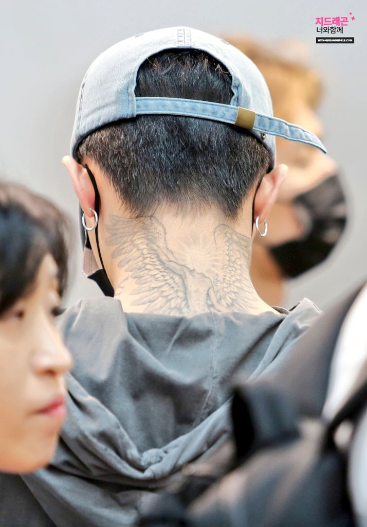G Dragon Neck Tattoo : dragon, tattoo, Here's, G-Dragon, Ended, Tattooing, Manager's, Koreaboo