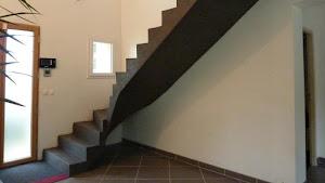 rénover un escalier en béton rénover un escalier en carrelage décoration et habillage d'un escalier en béton ciré par Les Bétons de Clara