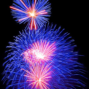 by Nick Giallourakis - Public Holidays July 4th