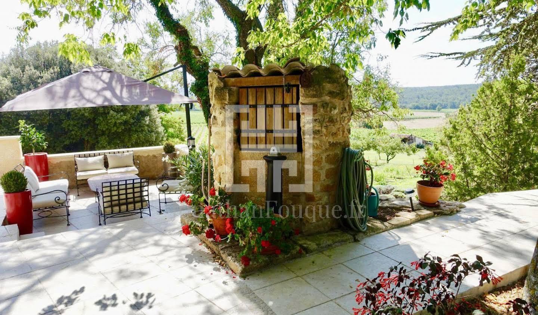 Farm house with pool Aix-en-Provence