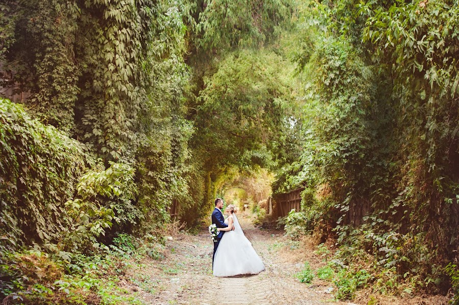 Wedding photographer Galiya Karri (VKfoto). Photo of 25.09.2015