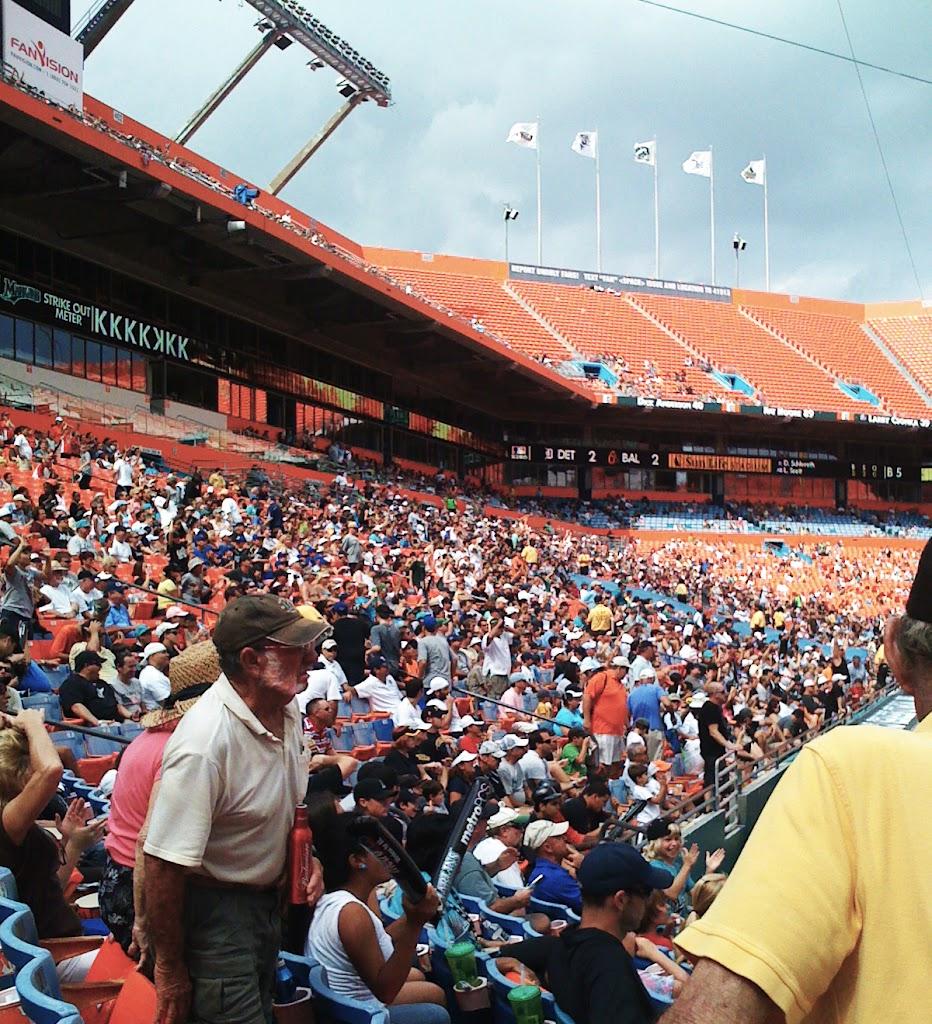 Florida Marlins Fans 2010 Closing Day