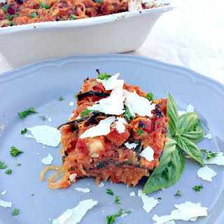 """Baked """"Spaghetti"""" Squash {Gluten/Dairy Free, Low Carb and Whole 30 Approved}."""