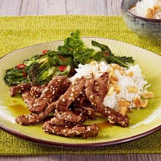 Express-Sesamrindfleisch mit feurigem Mangold