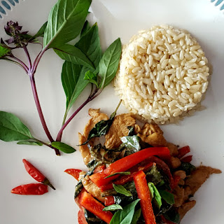 Pad Grapow (Thai Basil Chicken).