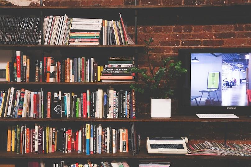 Półki na książki - jakie wybrać?