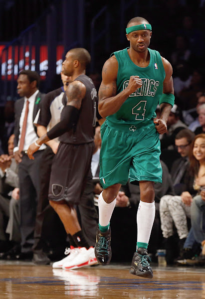 Photo: NEW YORK, NY - DECEMBER 25:  Jason Terry #4 of the Boston Celtics pumps his fist after hitting a basket against the Brooklyn Nets at the Barclays Center on December 25, 2012 in the Brooklyn borough of New York City. NOTE TO USER: User expressly acknowledges and agrees that, by downloading and/or using this photograph, user is consenting to the terms and conditions of the Getty Images License Agreement. Boston Celtics defeated the Brooklyn Nets 93-76.  (Photo by Mike Stobe/Getty Images)