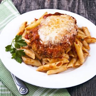 Garlic Oregano Chicken Parmesan Bake