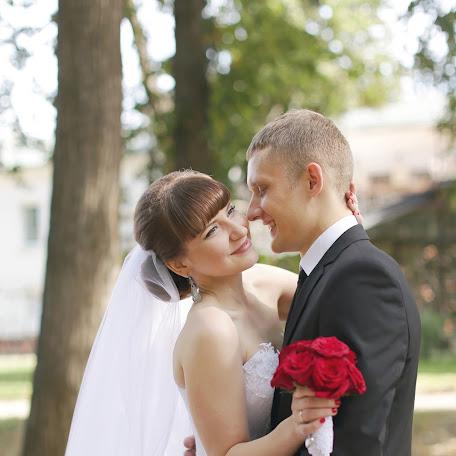 Wedding photographer Ekaterina Sabat (katyasabat). Photo of 19.05.2017