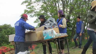 Photo: 歌津の高校生たちもお手伝いに来ていた。