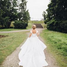 Wedding photographer Nikulina Ekaterina (katenik). Photo of 31.08.2017