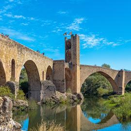 puente de Besalú by -. Phœnix .- - Buildings & Architecture Bridges & Suspended Structures ( besalú, puente, bridge )