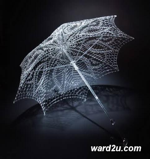 روائع تشكيل الزجاج للفنان Robert Mickelsen