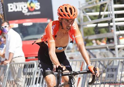 Ploeg van Dries Van Gestel biedt oplossing voor CCC-renner De la Parte