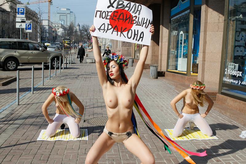 devushki-masturbirovali-muzhchini
