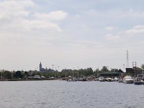 Photo: lac du Grand Large avec Mons en arrière plan