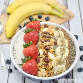 Super Healthy Berry Smoothie Bowl.