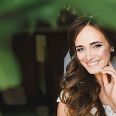 Wedding photographer Elena Senchuk (baroona). Photo of 01.08.2017