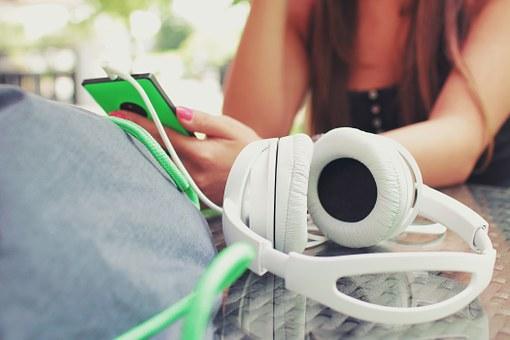 98 FM Radio stations online ss2