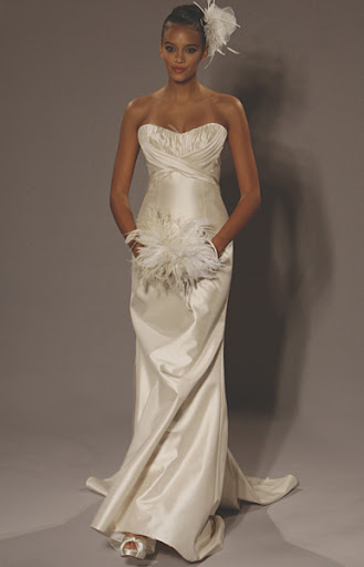 L189 ; Romona Keveza  Strapless Wedding Gown