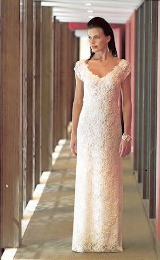 romantic-wedding-gown-V-neck-shape