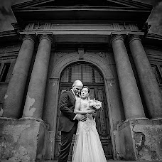Wedding photographer Adrian Mitranescu (adrianmitranesc). Photo of 17.05.2017