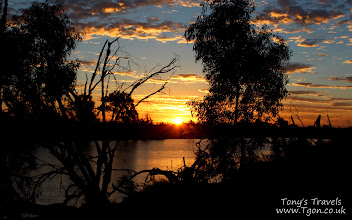 Photo: Sunrise at Rocky Pool, Carnarvon, Western Australia