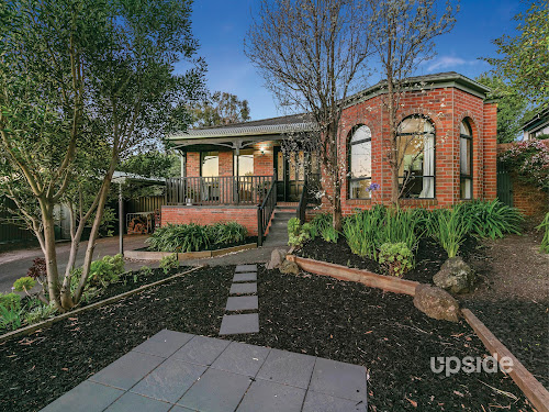 Photo of property at 6 Paul Court, Frankston South 3199