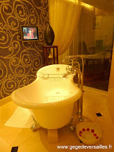 Photo: #015-La salle de bains du Sofitel Legend Métropole à Hanoï