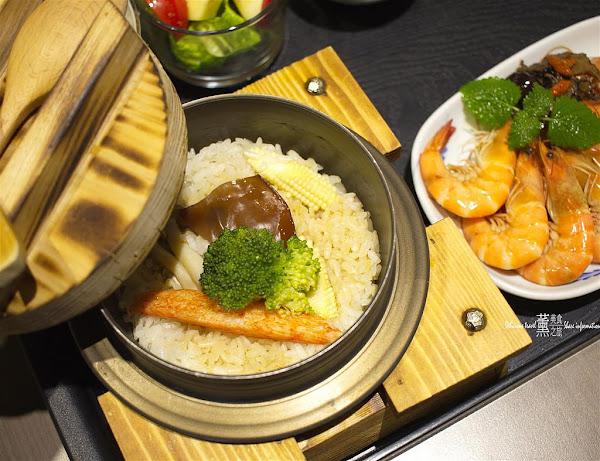 兩千金釜燒飯 two.daughters,特色日本風味釜燒飯日式風格餐點別緻,西屯路上的美味料理適合家庭聚餐同事聚會的好地方,主廚精緻現做每道料理滿足你的味蕾