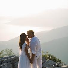 Wedding photographer Alena Zavodchikova (AlenaZavod). Photo of 02.01.2017