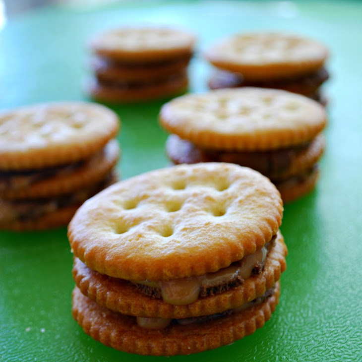 Double Stuffed Rolo Ritz Crackers - Food Fun Friday