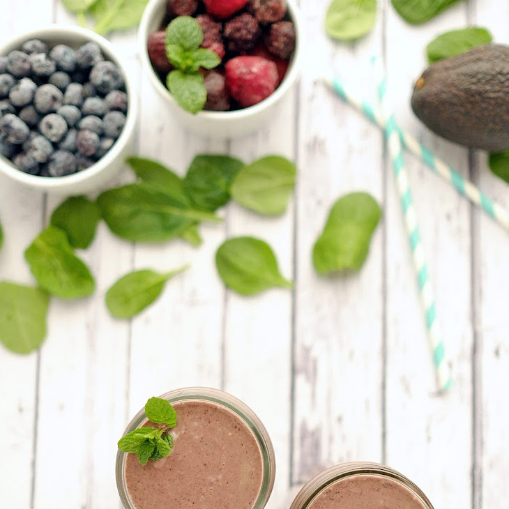Mint Berry Breakfast Smoothie (Dairy-Free, Paleo) Recipe
