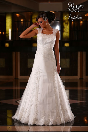 Lace Wedding Gowns Fashion