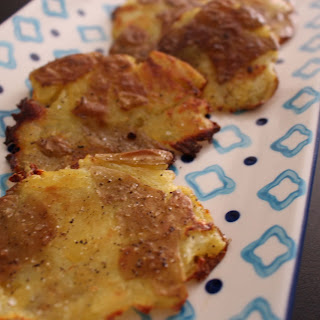 Easy Peasy Smashed Potatoes (4 ingredients for a scrumptious side)