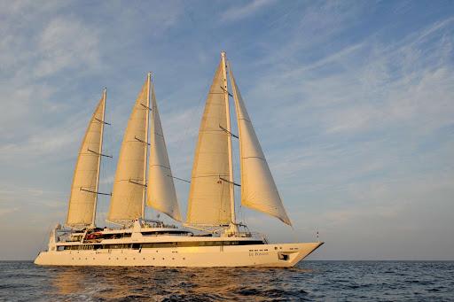 le-ponant-in-maldives.jpg - The small masted luxury cruise ship Le Ponant sailing in the Maldives at sunset.
