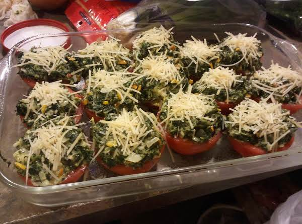 Cheesy Tomato Cups With Creamed Spinach
