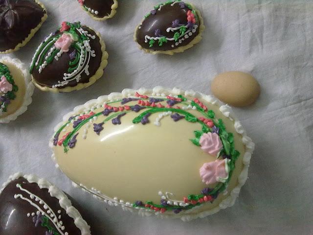 صور شكولاتة على شكل بيض رائعة huevos de chocolate para estas pascuas 190320111292