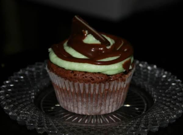 Chocolate Fudge Mint Cupcakes