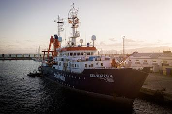 Sea-Watch 4 Burriana für Internetseite.jpg