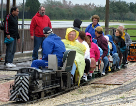 Photo: Train just about ready to leave the station in the cold and wet.   HALS Run Day 2009-1121