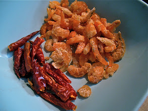 Photo: dried shrimp and dried Thai chillies for winged bean salad