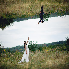 Wedding photographer Valentin Valyanu (valphoto). Photo of 13.08.2015